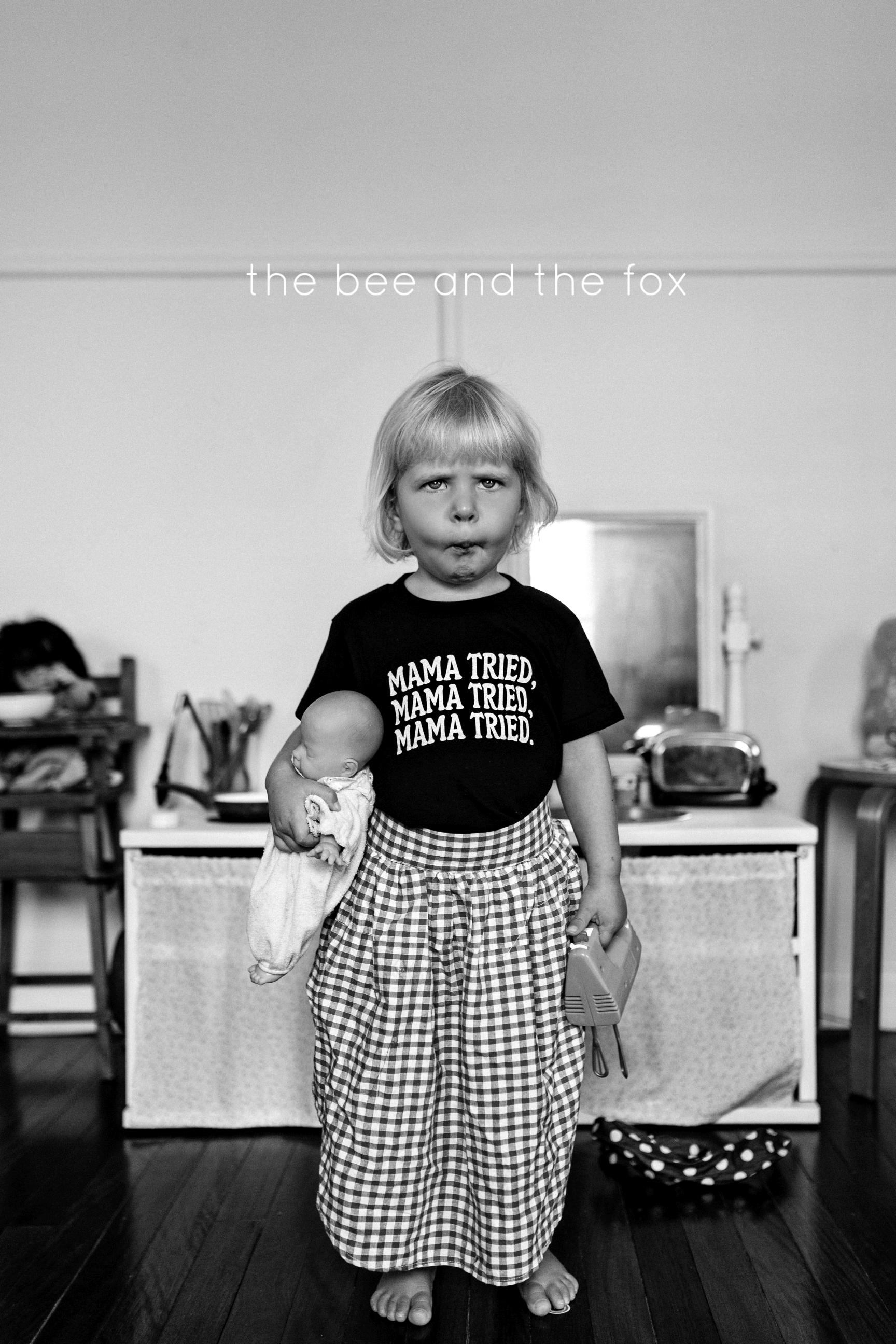 funny-girl-photography-siida-tasmania-bee-and-fox.jpg
