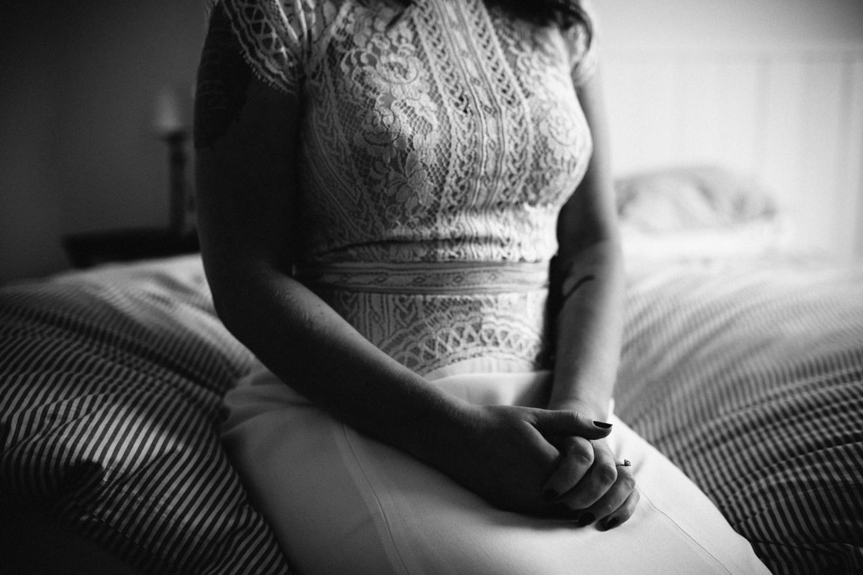 brides hands as she prepares for her wedding at quamby house tasmania.