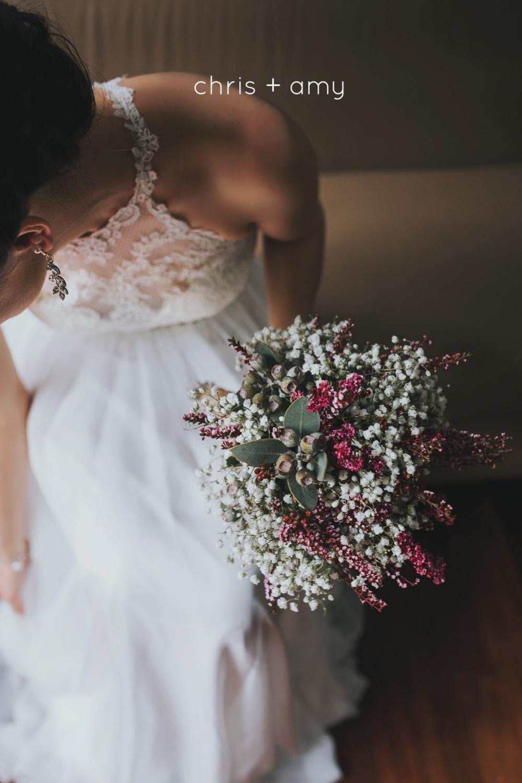 soft and simple bridal bouquet for adamson wedding on north stradbroke island