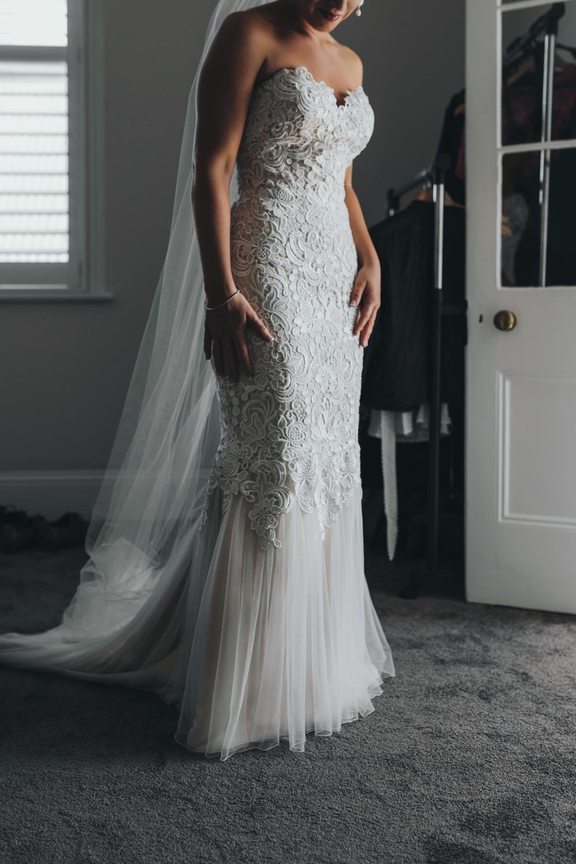 bride-bridesmaid-wedding-photographer-siida-hobart.jpg