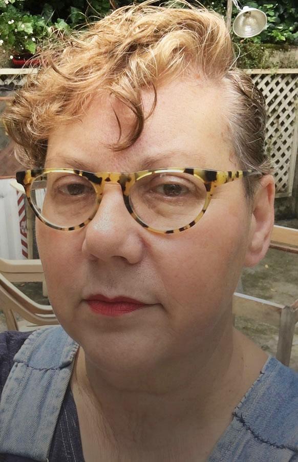 Olga Evanusa-Rowland headshot.jpg