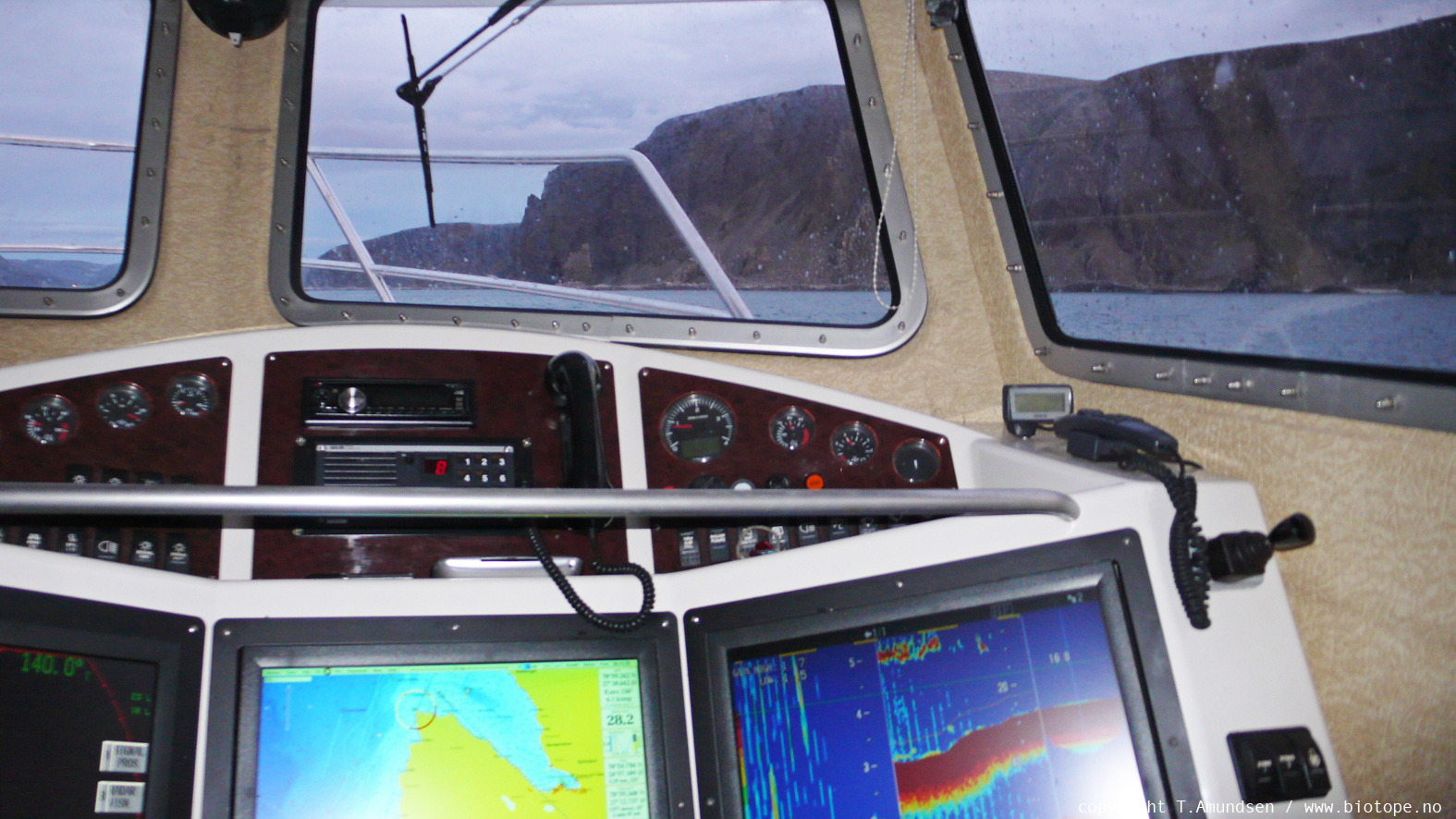 fishing vessel kjollefjord TAmundsen Biotope.jpg