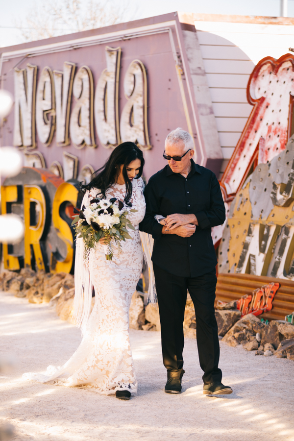 Neon Museum Elopement | Pure Light Creative | K+B-14.jpg