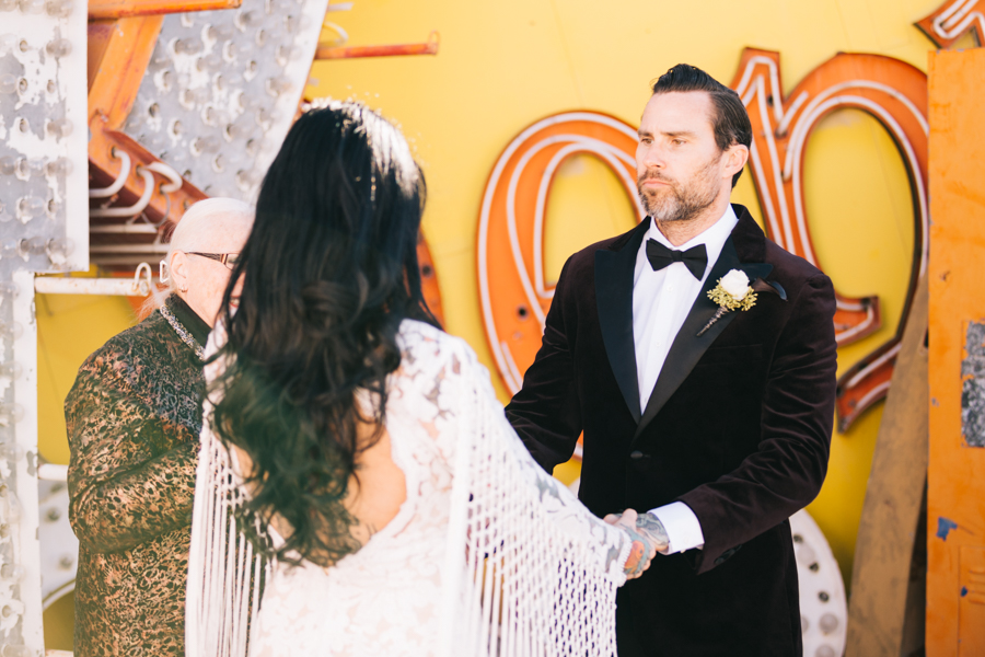 Neon Museum Elopement | Pure Light Creative | K+B-20.jpg