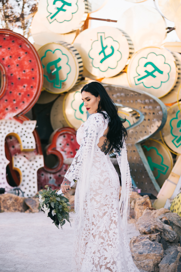 Neon Museum Elopement | Pure Light Creative | K+B-50.jpg