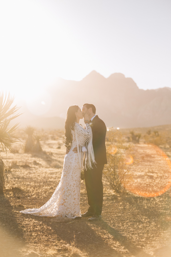 Neon Museum Elopement | Pure Light Creative | K+B-58.jpg