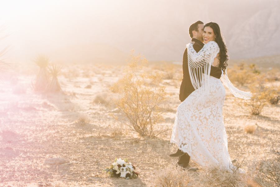 Neon Museum Elopement | Pure Light Creative | K+B-61.jpg
