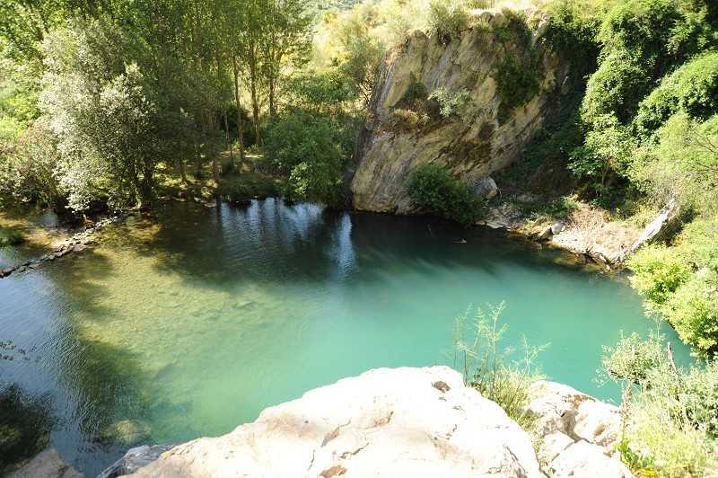Cueva del Gato3.jpg