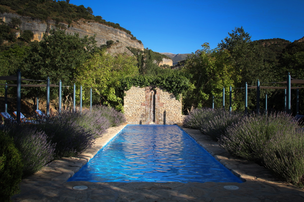 private_pool_luxury_villa_rental_ronda_spain