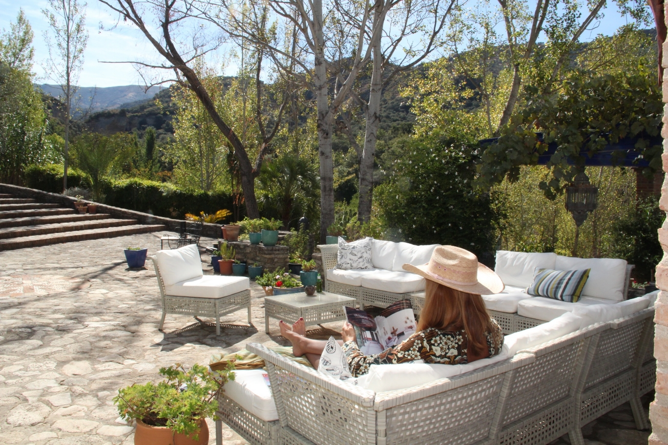 time_to_relax_at_luxury_villa_rental_ronda_spain