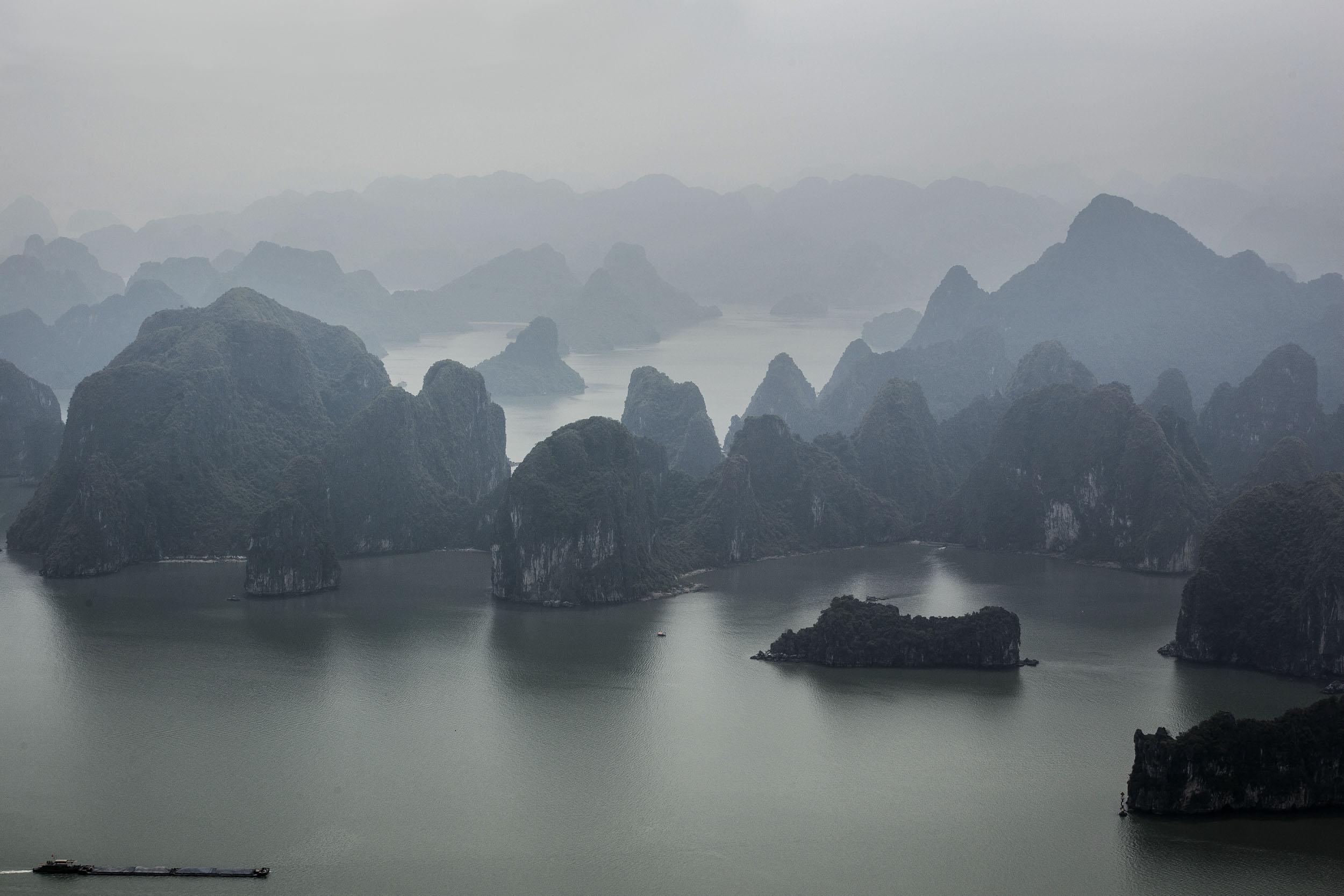 VolaVisuals Ha Long Bay - 013.jpg