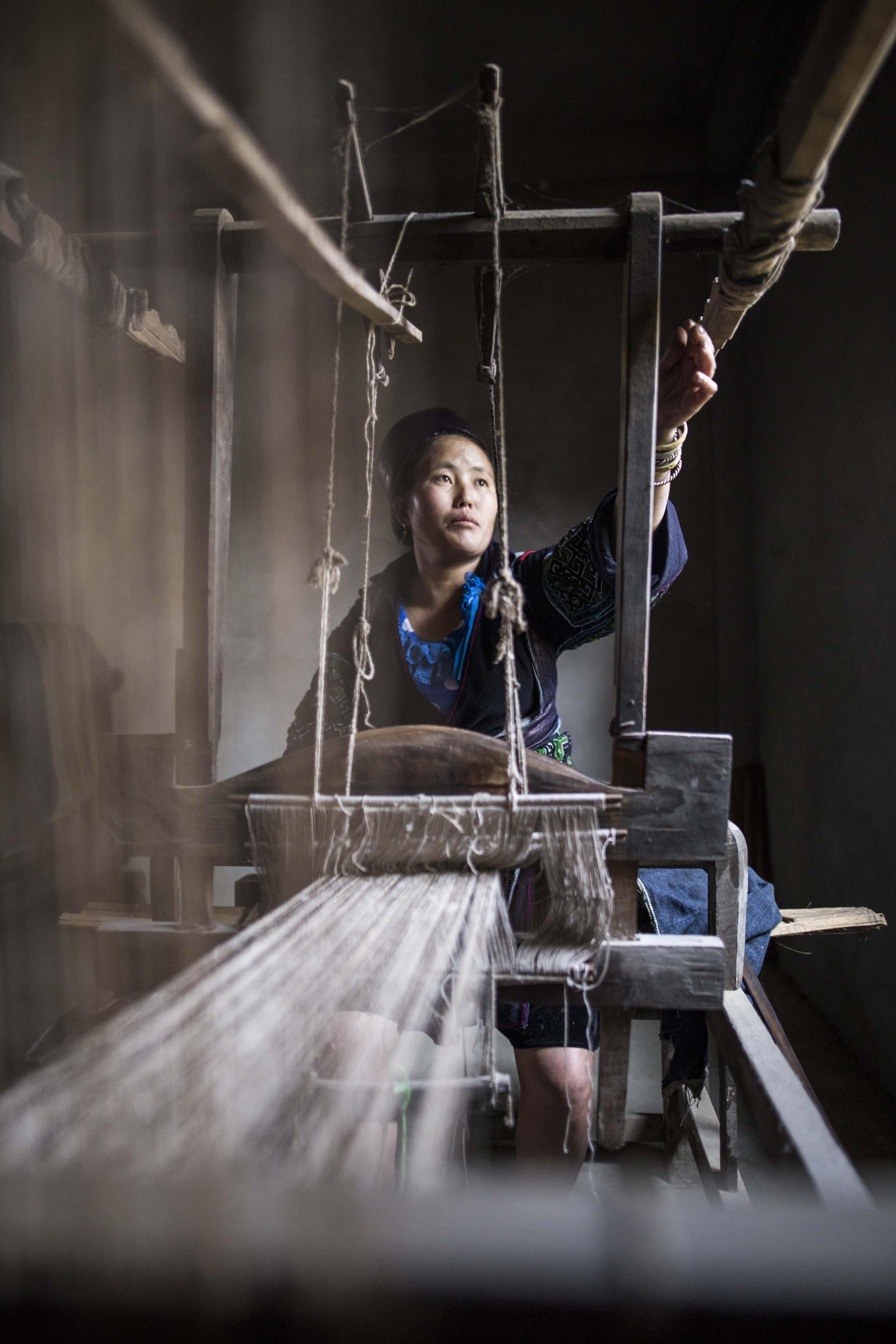 Weaving Hemp | Sapa