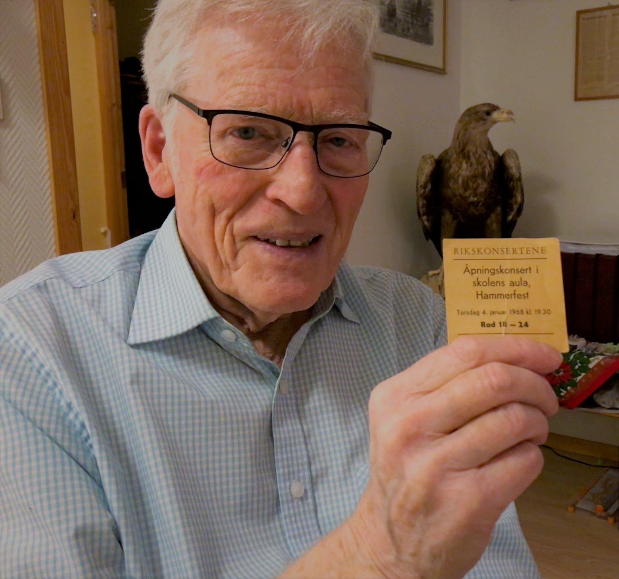 Hans Edvard Bentsen (88) sto på for å rigge til konserten for 50 år siden.