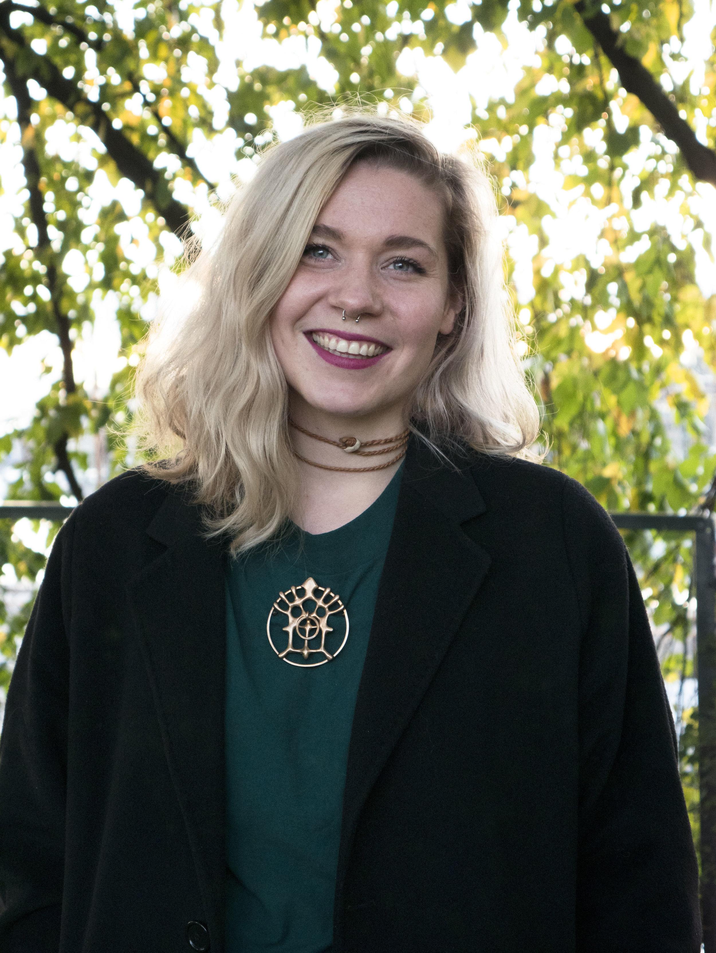 - Alice Marie Jektevik (29), fra Jektevik i Sør-Troms.Produsent for Riddu Riđđu. Foto: Raisa Porsanger