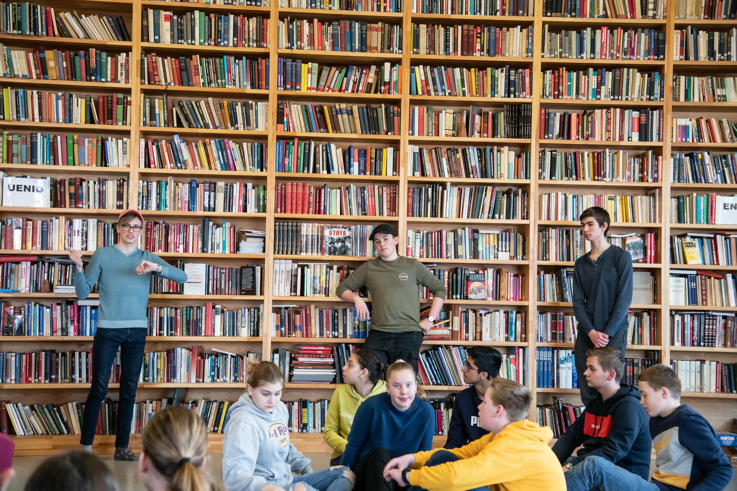 Læringsenteret på Utøya tar i mot elever og lærere fra hele landet til 3-dagers opphold med opplegg rundt 22. juli og demokratisk medborgerskap.