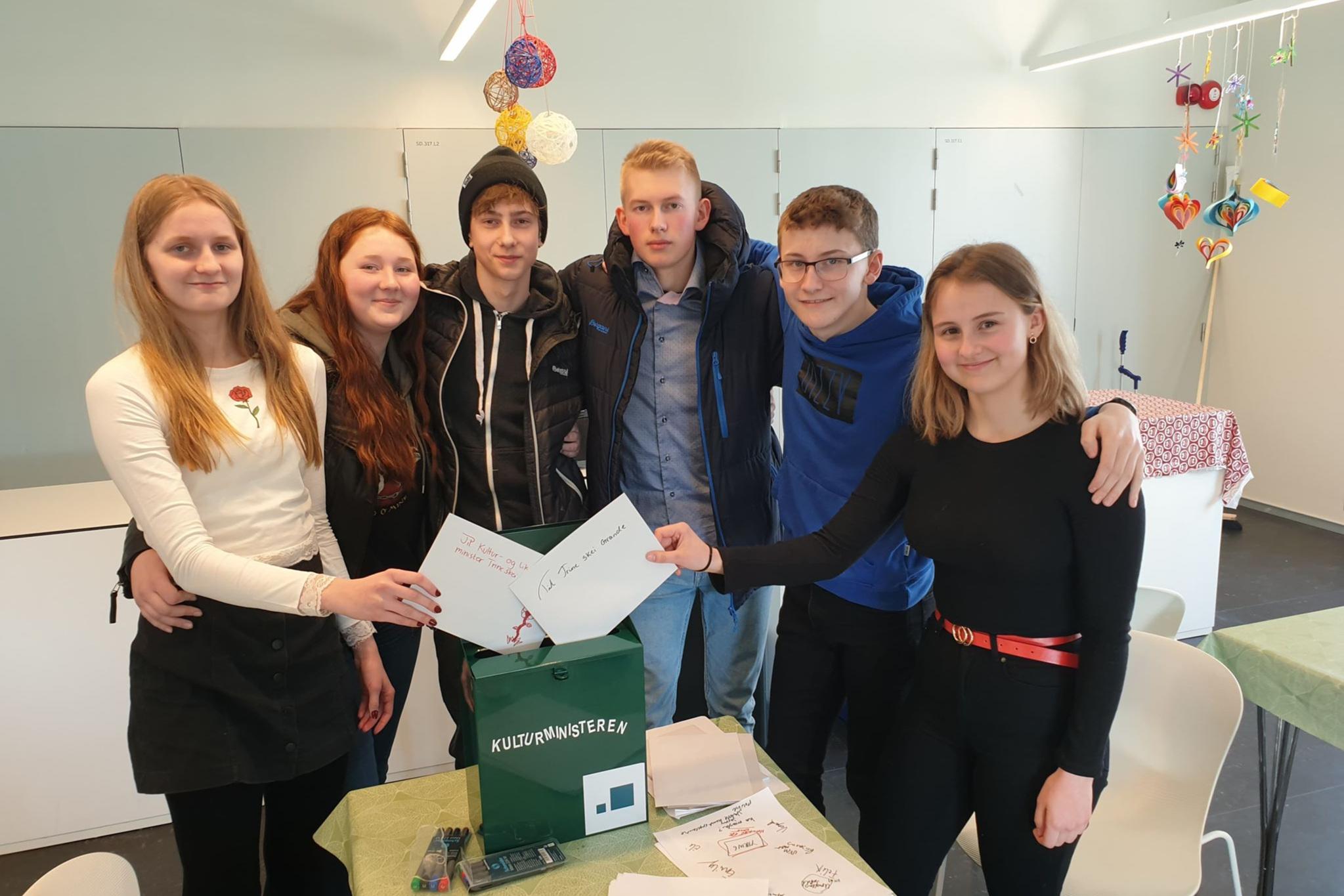 Elever fra 10. trinn på Vestmyra skole i Fauske har gitt sine innspill til kulturmeldinga