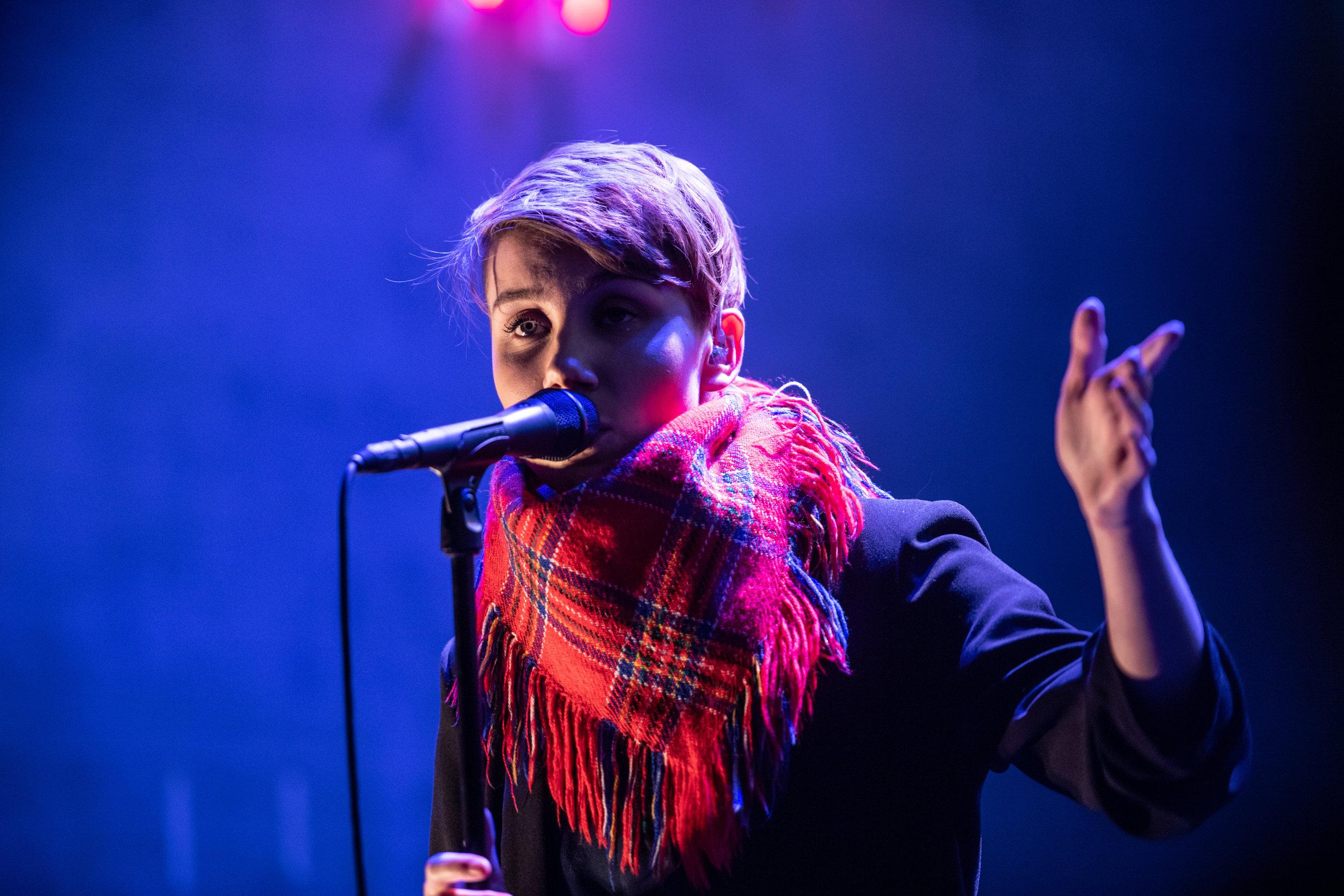 Ella Marie Hætta Isaksen fra Isak er blant utøveren som har vært på turné i Den kulturelle skolesekken i 2018.