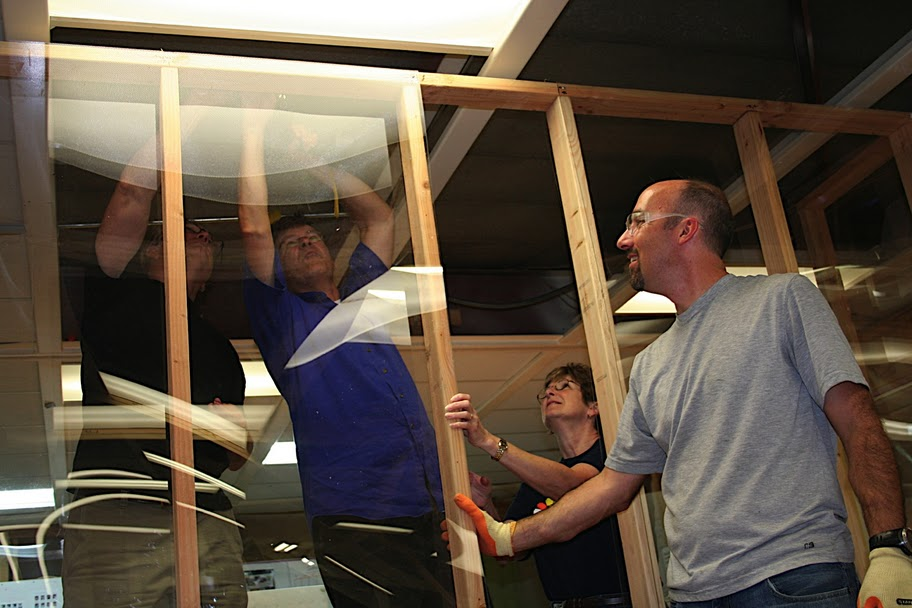 Jim Patell, Rick Ellinger, Charlie Ellinger and George Kembel build out the first d.school space with 2x4's