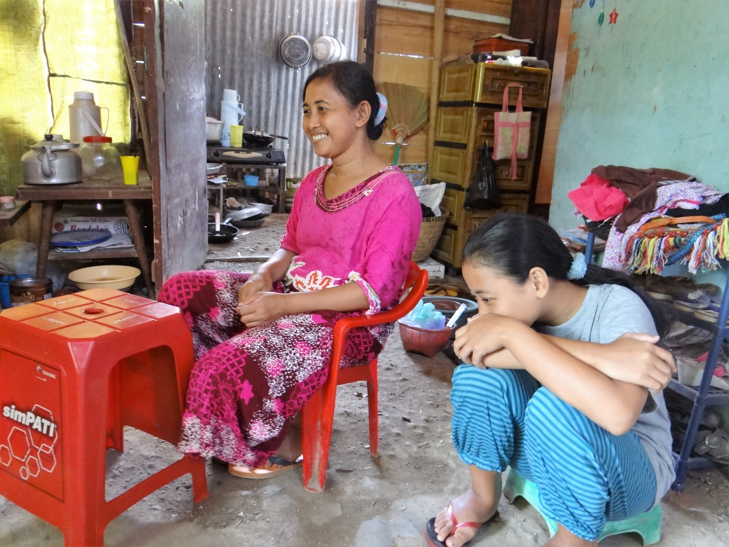 Juntos conducts field research in Indonesia, the latest market it has begun to serve.