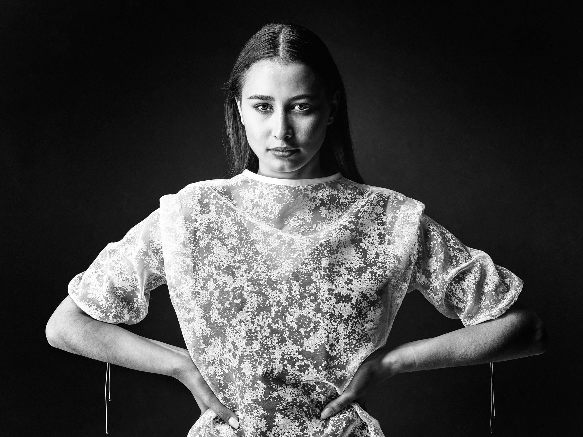 Studio Portrait Fotografie, Kim, time models, Peoplefotografie, Portraitfotografie_Studioportrait-Zürich