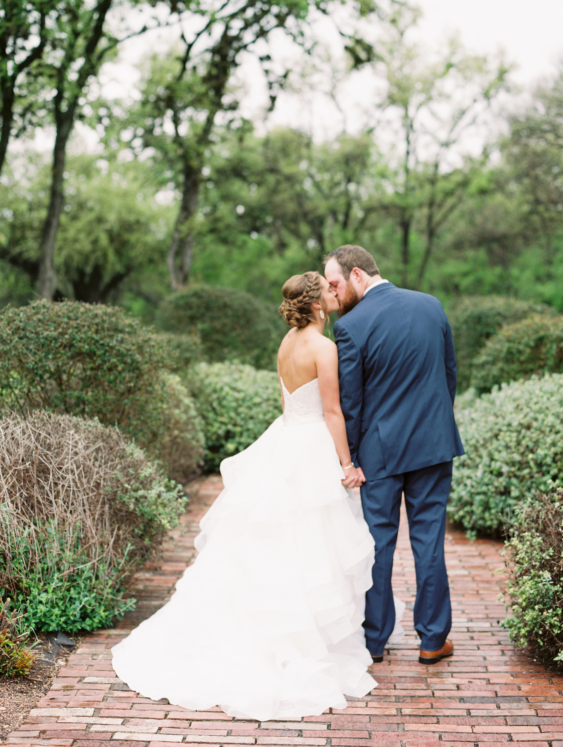 Hill Country Spring Wedding at Red Bud Hall | Austin Wedding Photographer | Film Wedding Photographer | Britni Dean Photography | Rainy Day Wedding Inspiration | britnidean.com