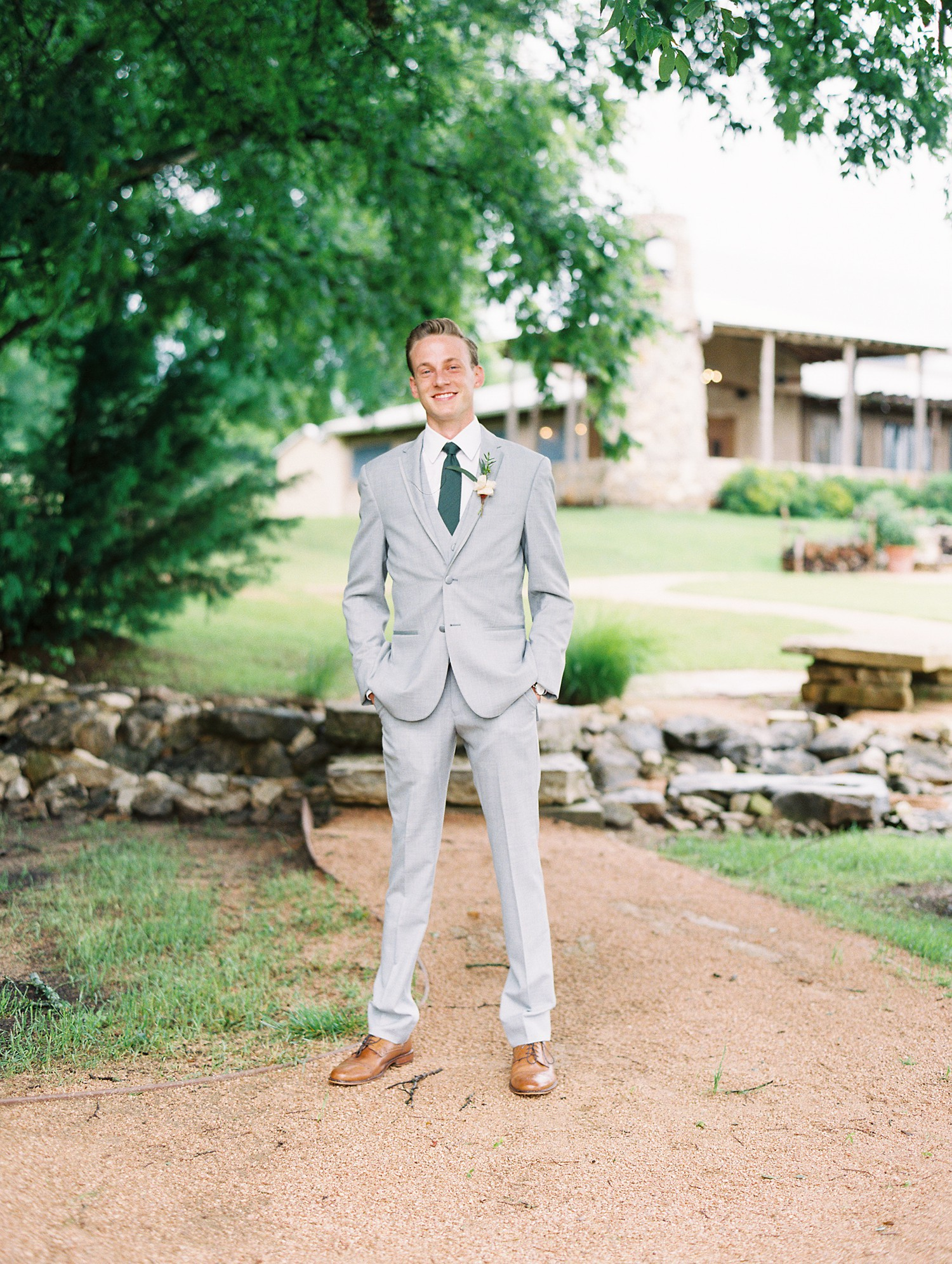 Summer Wedding Inspiration, Grey Groom Suit | Wedding Gift | Something Old | | Summer Wedding Inspiration | Fort Worth Wedding Photographer | The Brooks at Weatherford