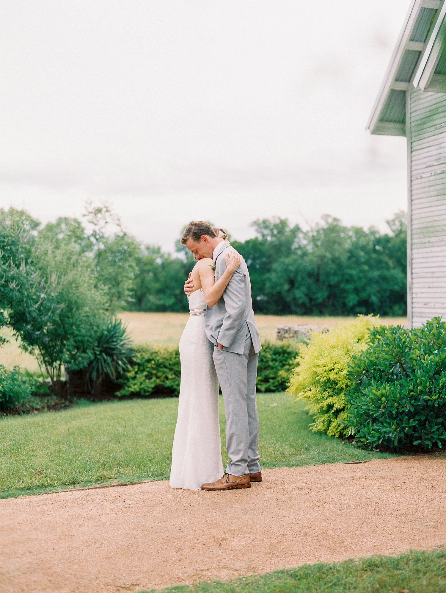 Bride & Groom First Look | Summer Wedding Inspiration | Fort Worth Wedding Photographer | The Brooks at Weatherford