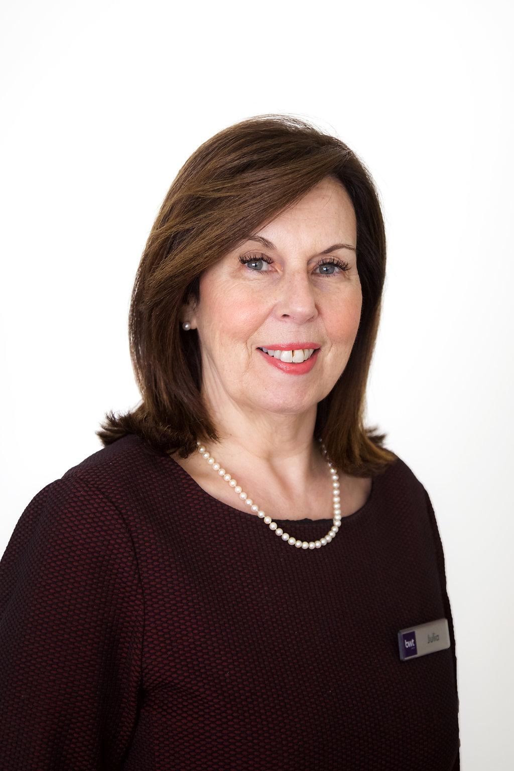 Julia Harris   Customer Service