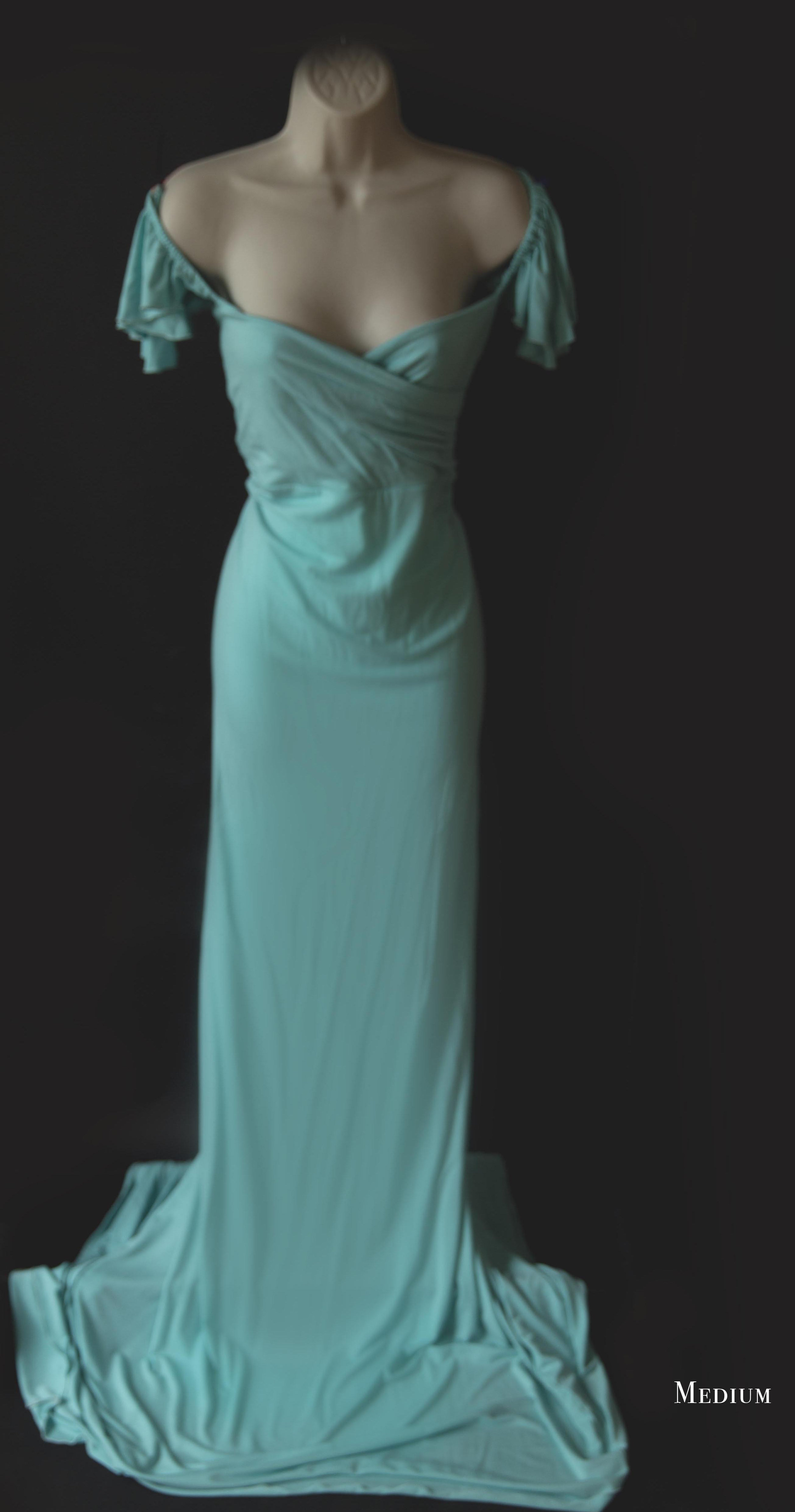"""Cora - MediumThis sweetheart neckline, drop sleeve, and form-fitting silhouette make this dress a perfect fit for the mom wanting to really show off those curves and feel beautiful.(Also in Emerald Green, see the """"Tara"""" below)"""