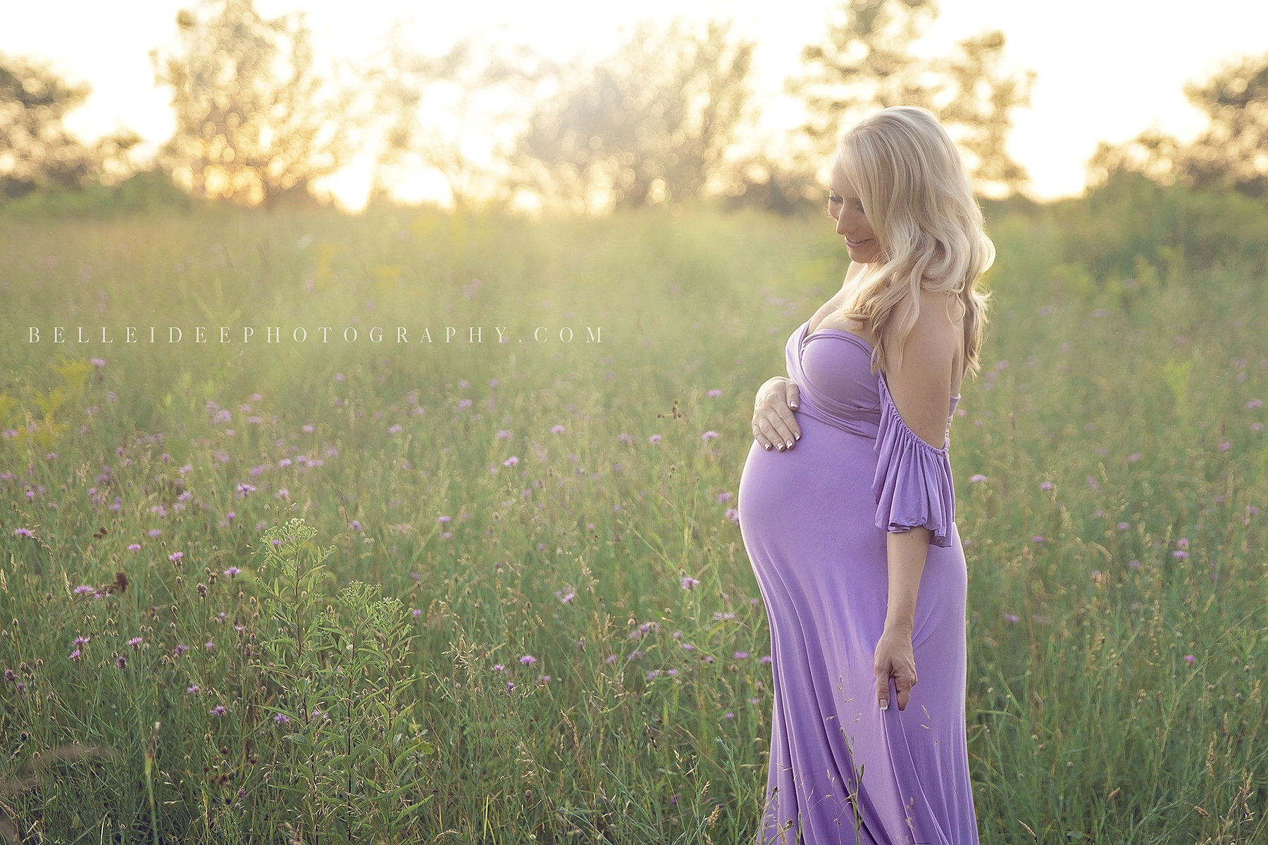 Top Pregnancy Photographer in Buffalo, NY