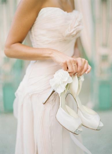 Lush_Summer_Wedding_Inspiration_0027.jpg