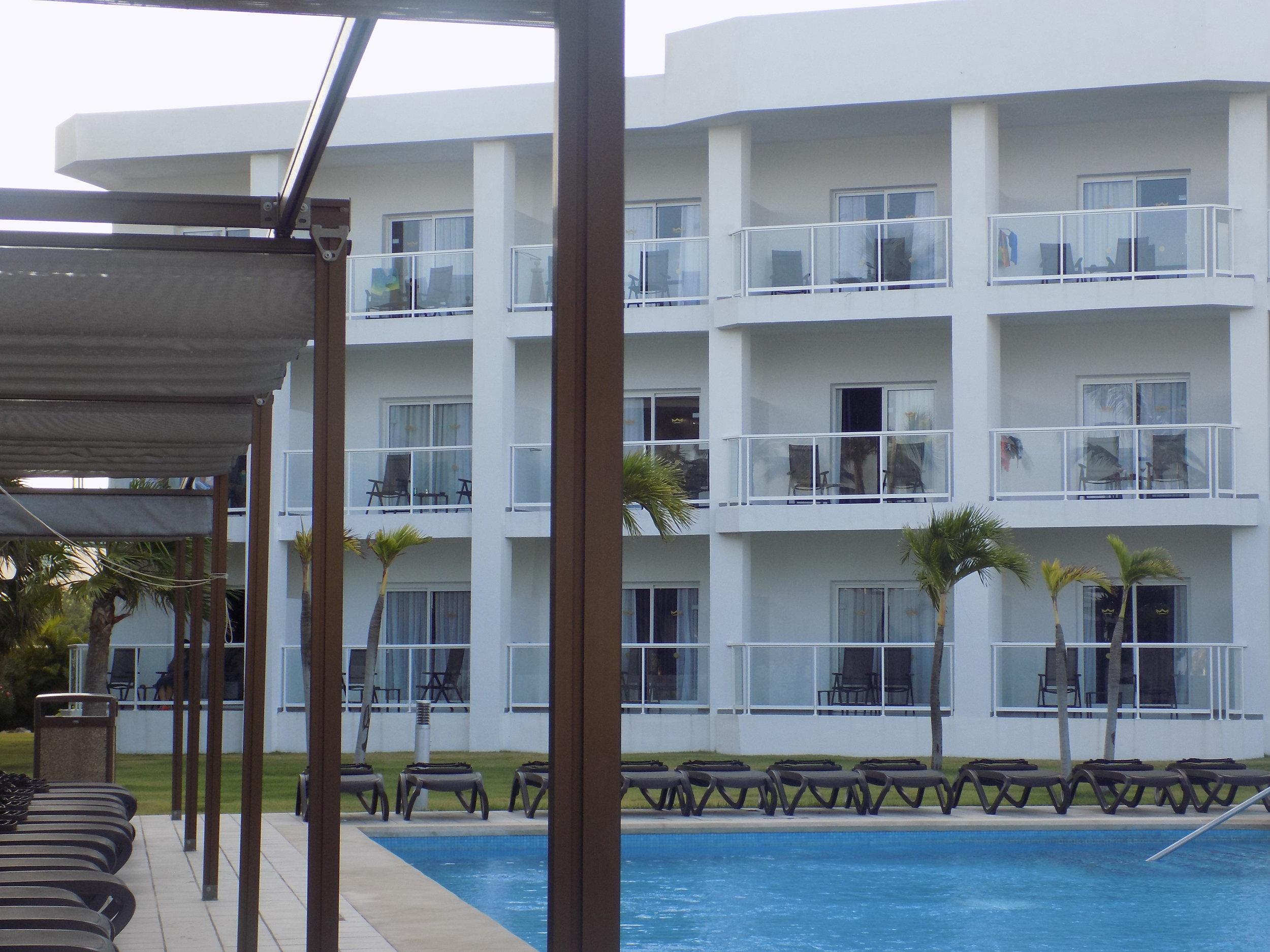 Resort11.JPG