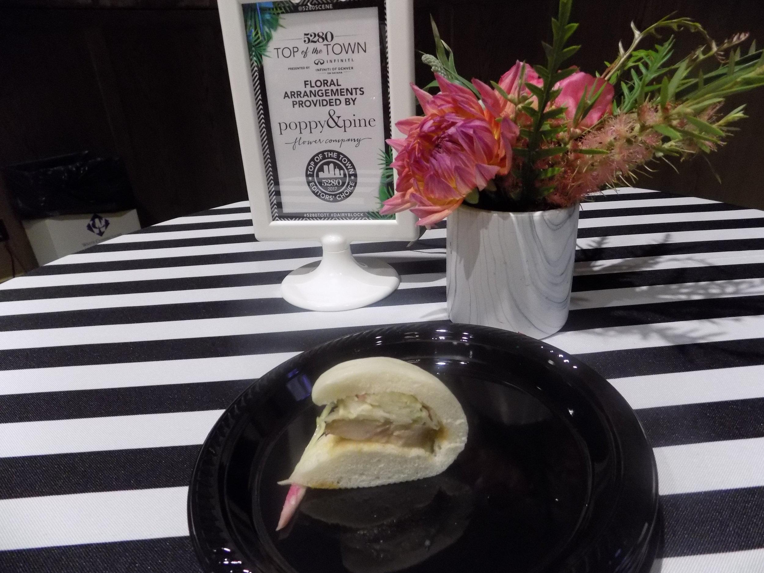 Mizu Izayaka (Voted Best Japanese): Pork bun