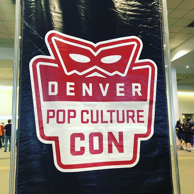 Love this Con 💕 Stop by @denverpopculturecon throughout the weekend for exciting content, celebs, and cosplay!