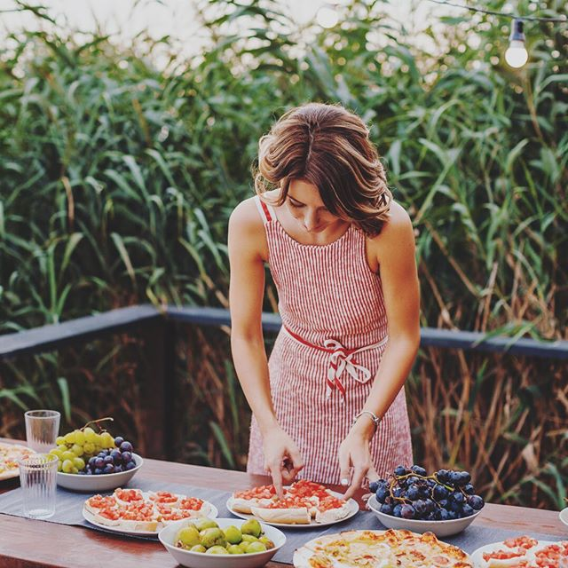 🌿New post on the Sagebrush Blog: . 5 Steps to Get Your House Ready for Company! . Give it a read {link in bio} and be prepared with tips to host any gathering at your home this summer with pride and ease!🌿 . . . . . . . #coloradevent #coloradowedding #coloradoweddingplanner #denverwedding #weddingplanner #entrepreneur #rusticwedding #coloradobride #fortcollinsweddingplanner #sagebrushlifestyle #hostesswiththemostess #entertain #dinnerparty #alwaysthehostess