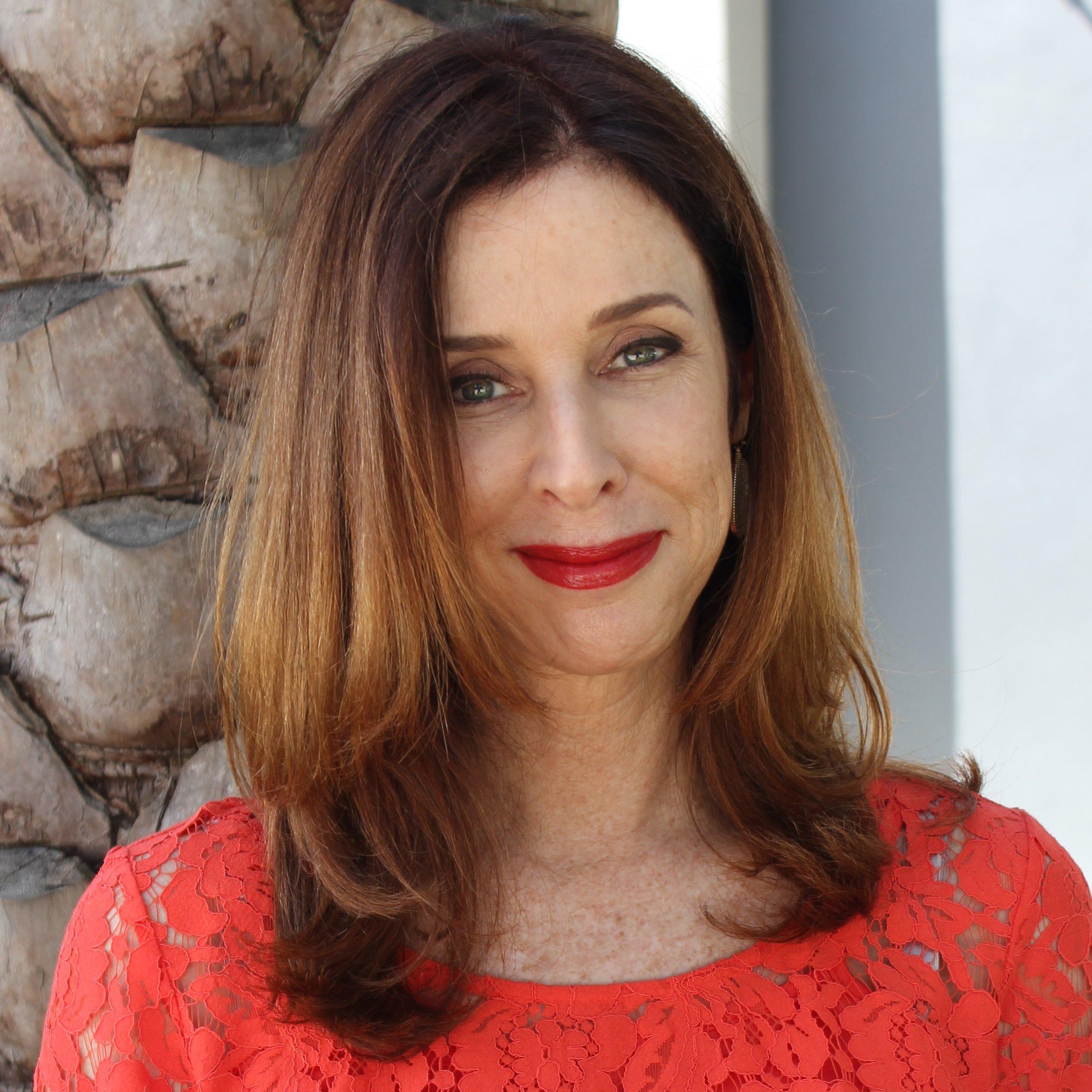 Lisa profile pic.jpg