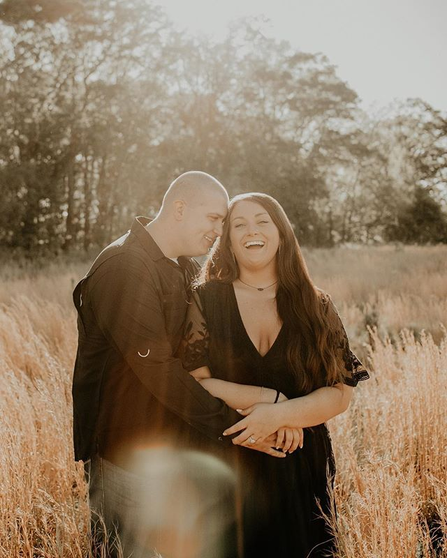 five weddings, four engagement sessions, four graduation/senior sessions, & two families in two weeks—all over the state👏🏼😍 may they all be filled with laughter, love, celebration, + memories made & captured!  with that being said, if you are waiting on a session delivery, response to a message, sneak peeks, etc. from me in the next few weeks, please be patient with me & keep in mind that i am just one human being, currently trying to do it all 😂 i do my best to be prompt in responding to messages & get all albums out in 7-12 days, while trying to maintain the rest of my life too 😜 i LOVE what i get to do, so i often take on as much as humanly possible. i appreciate my clients who are so thoughtful & patient with me—i PROMISE i'm over here working my booty off for y'all 😂💗