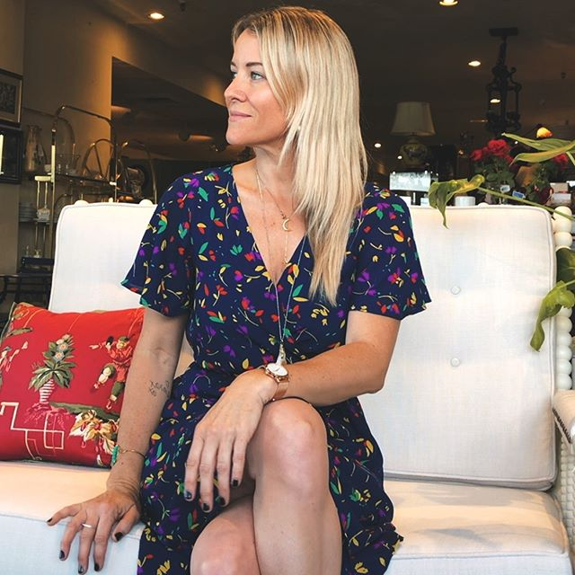 Sometimes I work at a cute little home decor shop in Phoenix and stage furniture and take selfies. . . . . . . #blondehaircolor @modern_monarch_style #floraldress @tjmaxx #tjmaxxfinds #rosegoldwatch @eddieborgo #whatiworetowork #shopgirl nails #gelishnails feeling fresh and and wrinkle free thanks to @mariebaker_np ✨