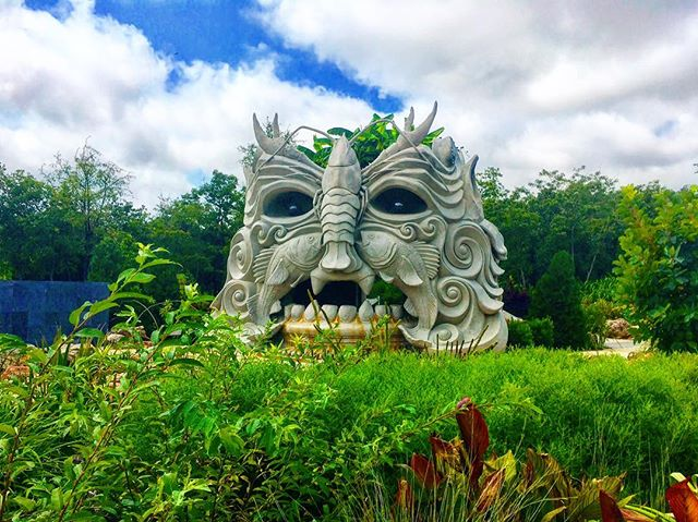 Summertime ☀️and the livin' is ... definitely not easy for landscapers, but we finally came up for a little air and hopped over to take in the gorgeous @tulsabotanic. Made a few new friends along the way, too—including this handsome fella.🌿👹🌿#travel #garden #landscaping #landscape #nature #green #plants #explore #instagood #instamood #horticulture #botanical #landscapephotography #monster #workhard #playhard #view #instadaily #trip #tulsatime #botanicalgardens #sculpture #inspiration #botany #sunday #water #waterfall #summertime #summer