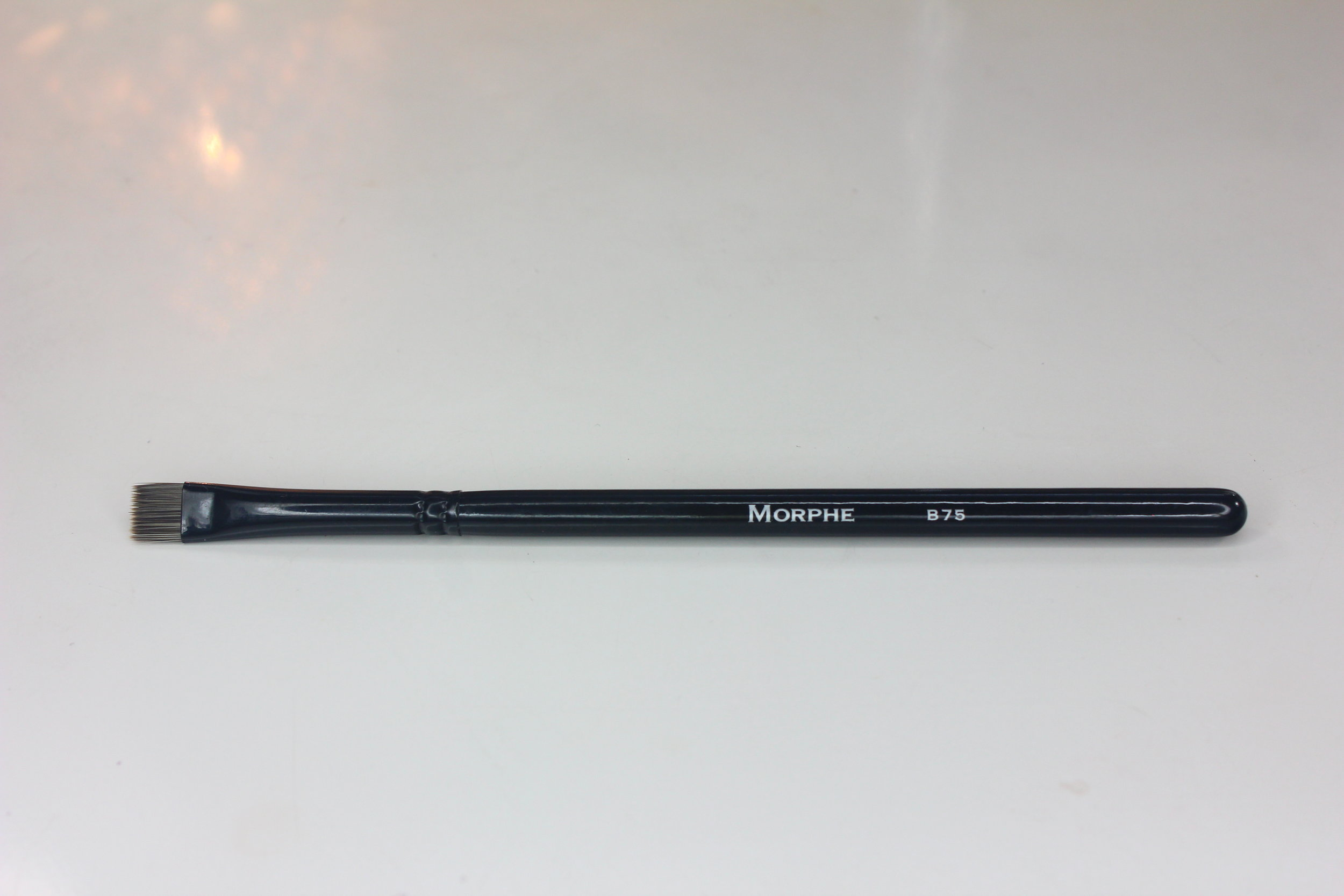 Morphe Brushes 1 - B75 Flat Liner