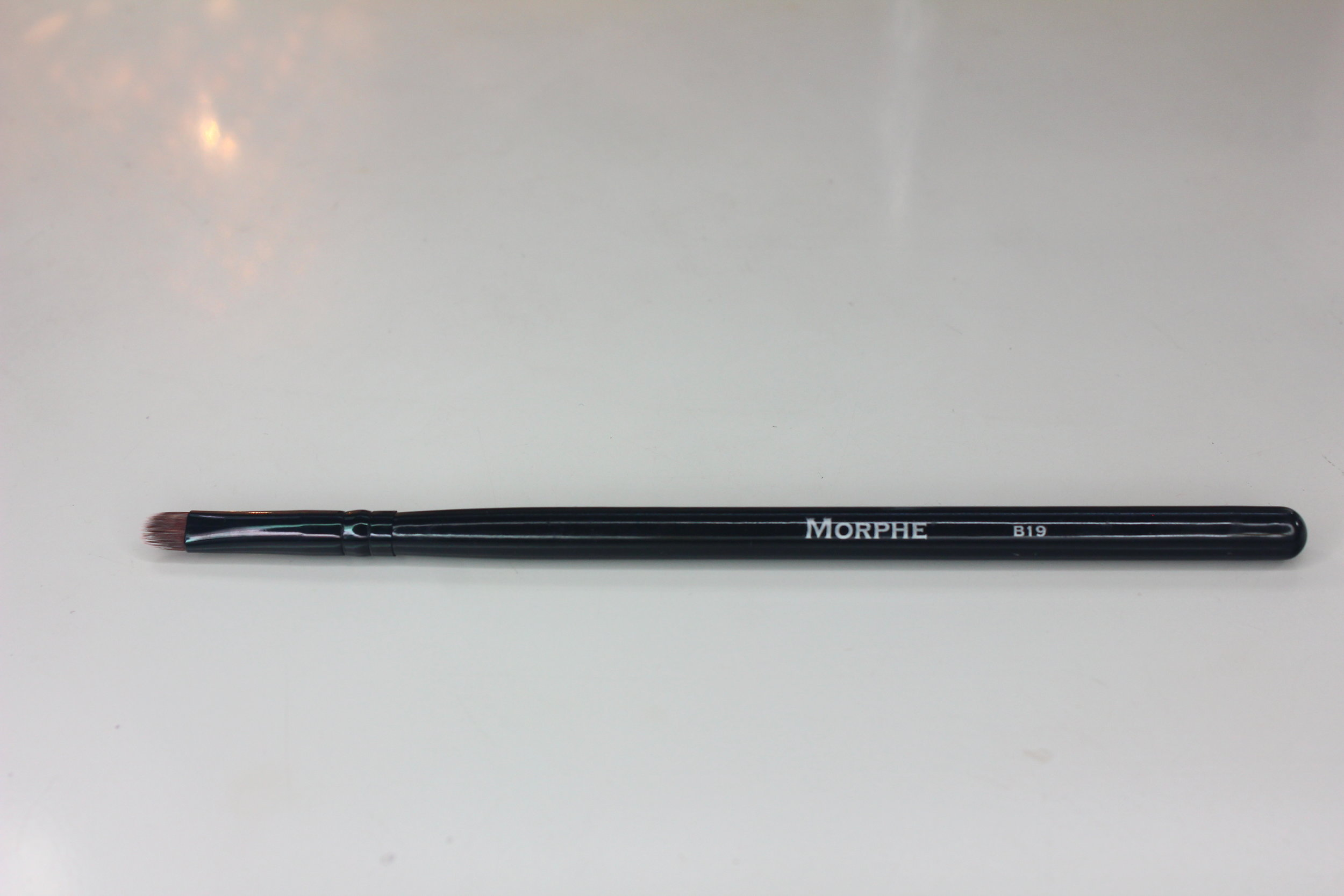 Morphe Brushes 1 - BK19 Mini Oval Taklon