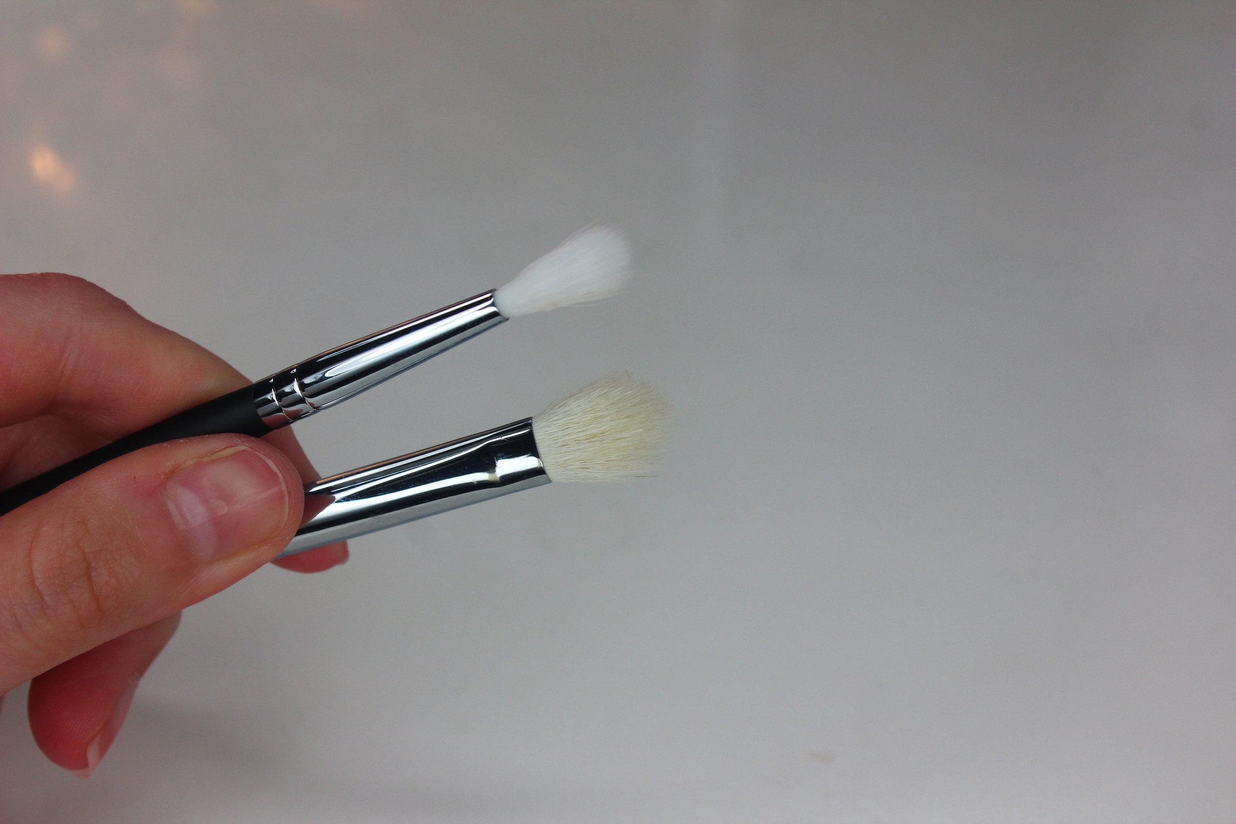 Morphe Brushes 3 - M562 Tiny Crease Blender
