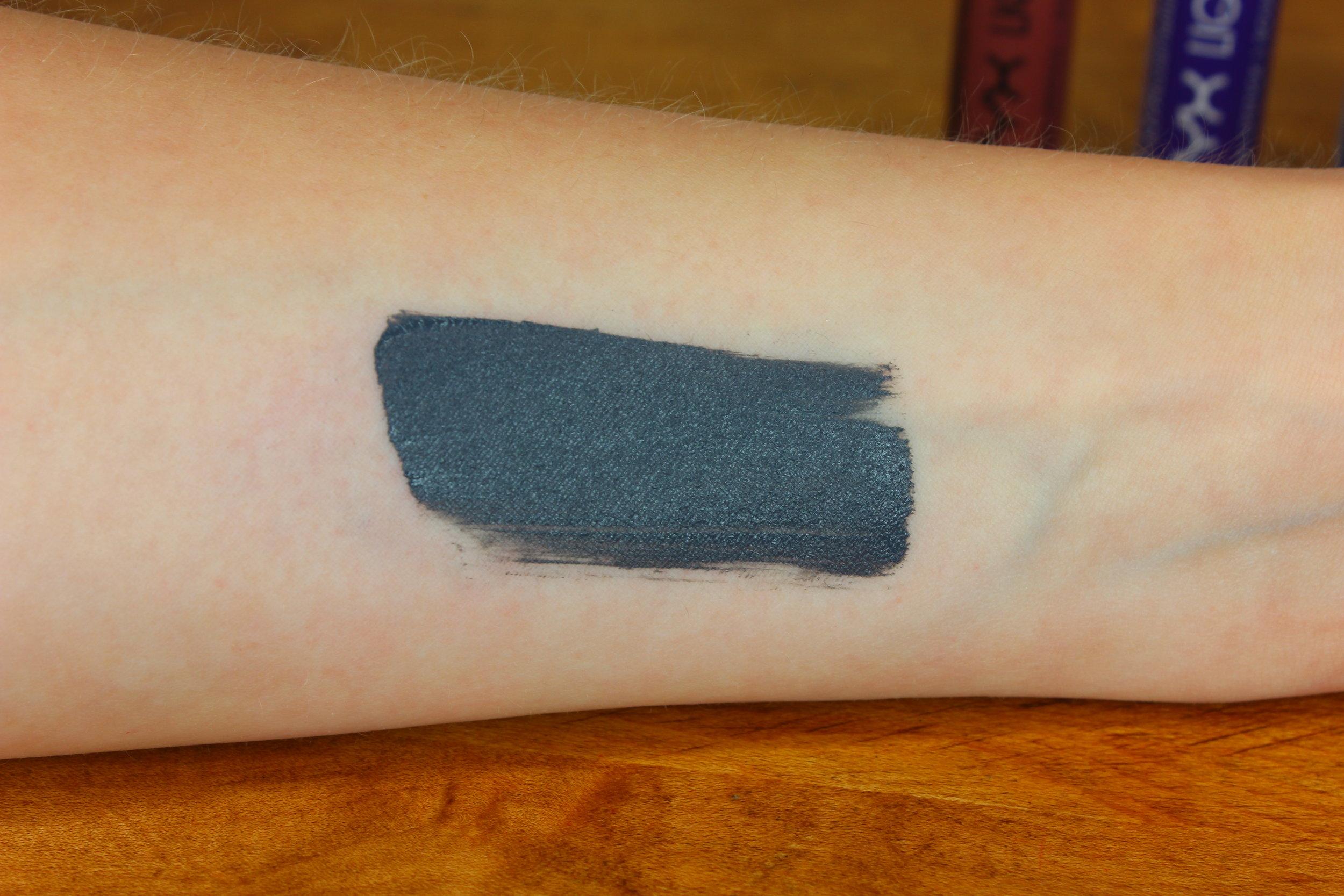 NYX Cosmetics Liquid Suede lipstick in Stone Fox