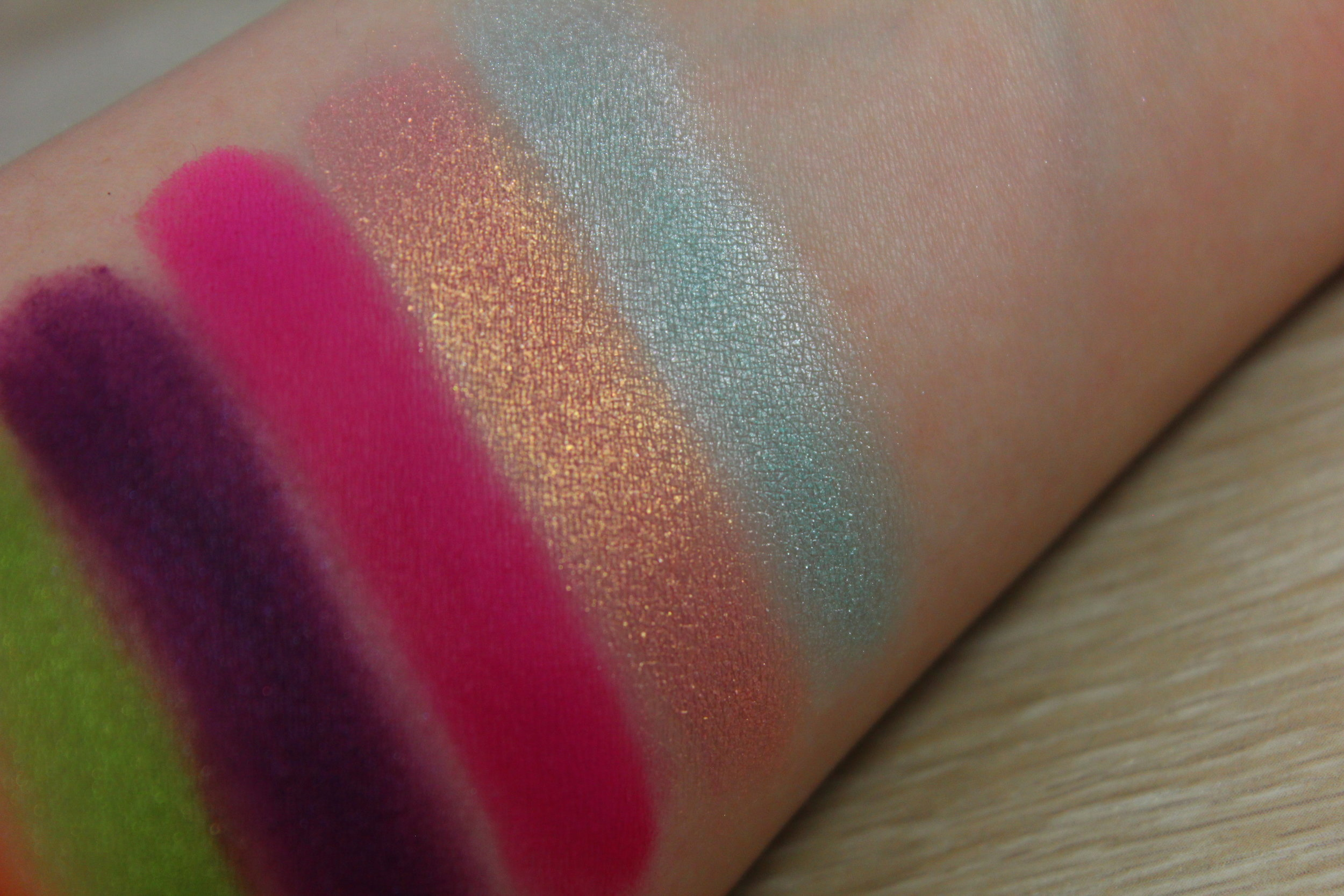 Sugarpill eyeshadow swatches - Kitten Parade & Candycrush