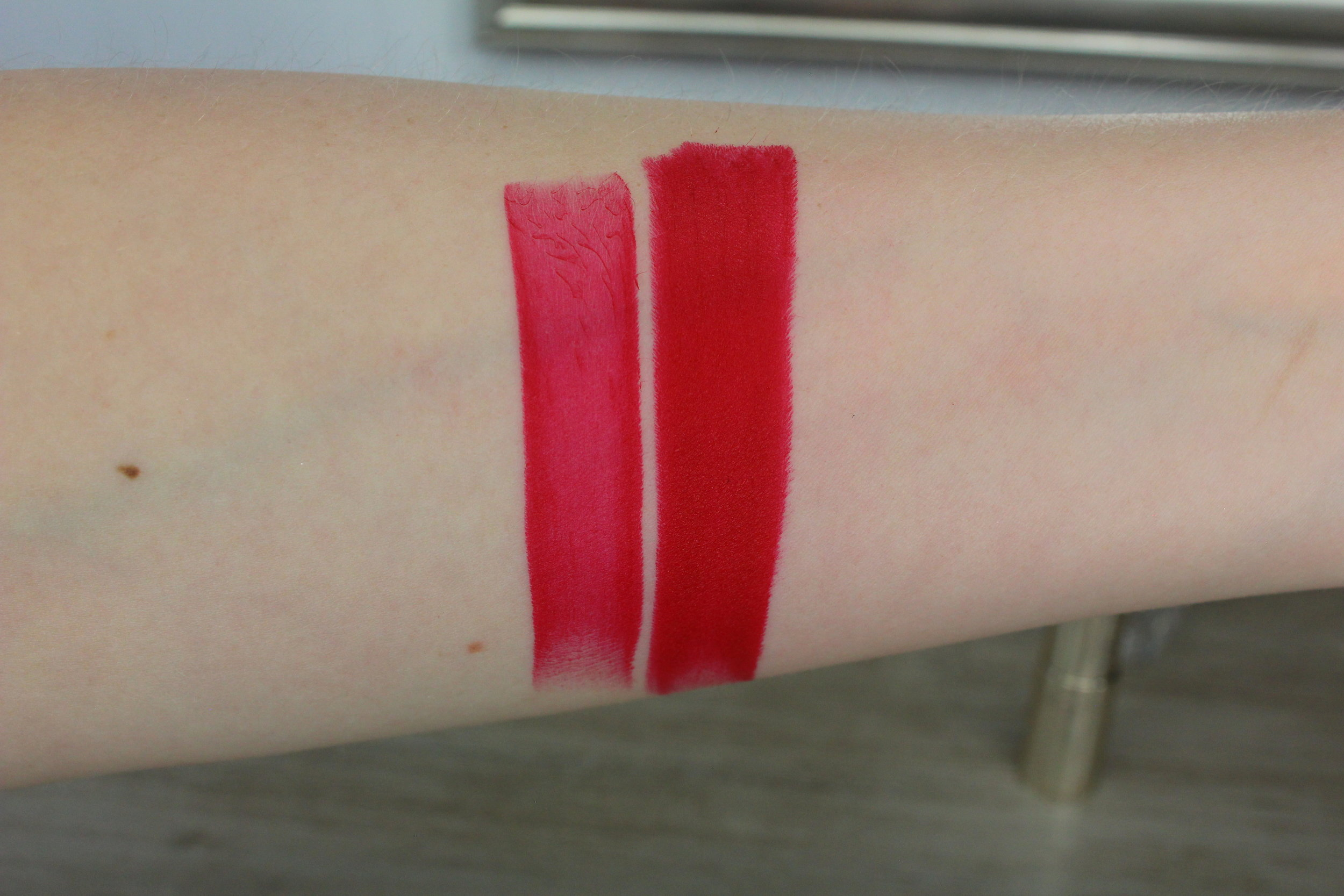 Estee Lauder Bar Red (310) swatch