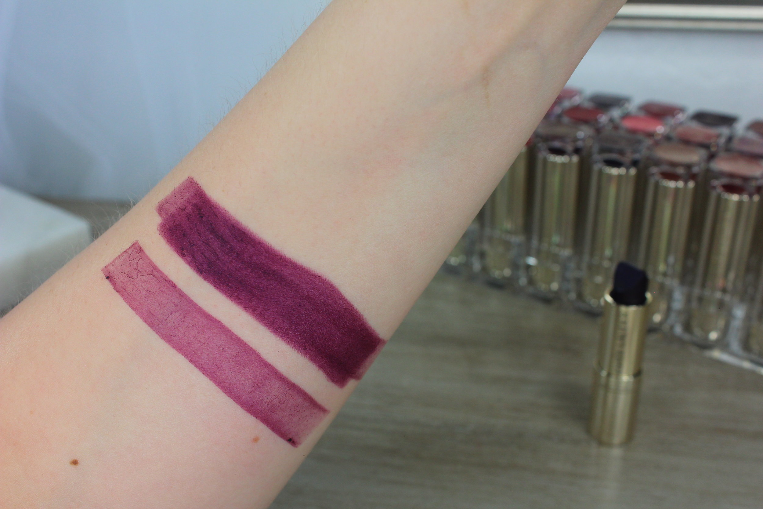 Estee Lauder Up Beet (420) swatch