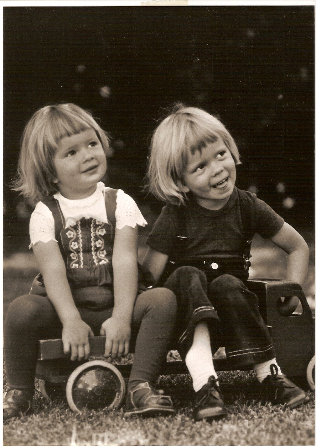 Ilona and her brother Mika, Argentina 1975