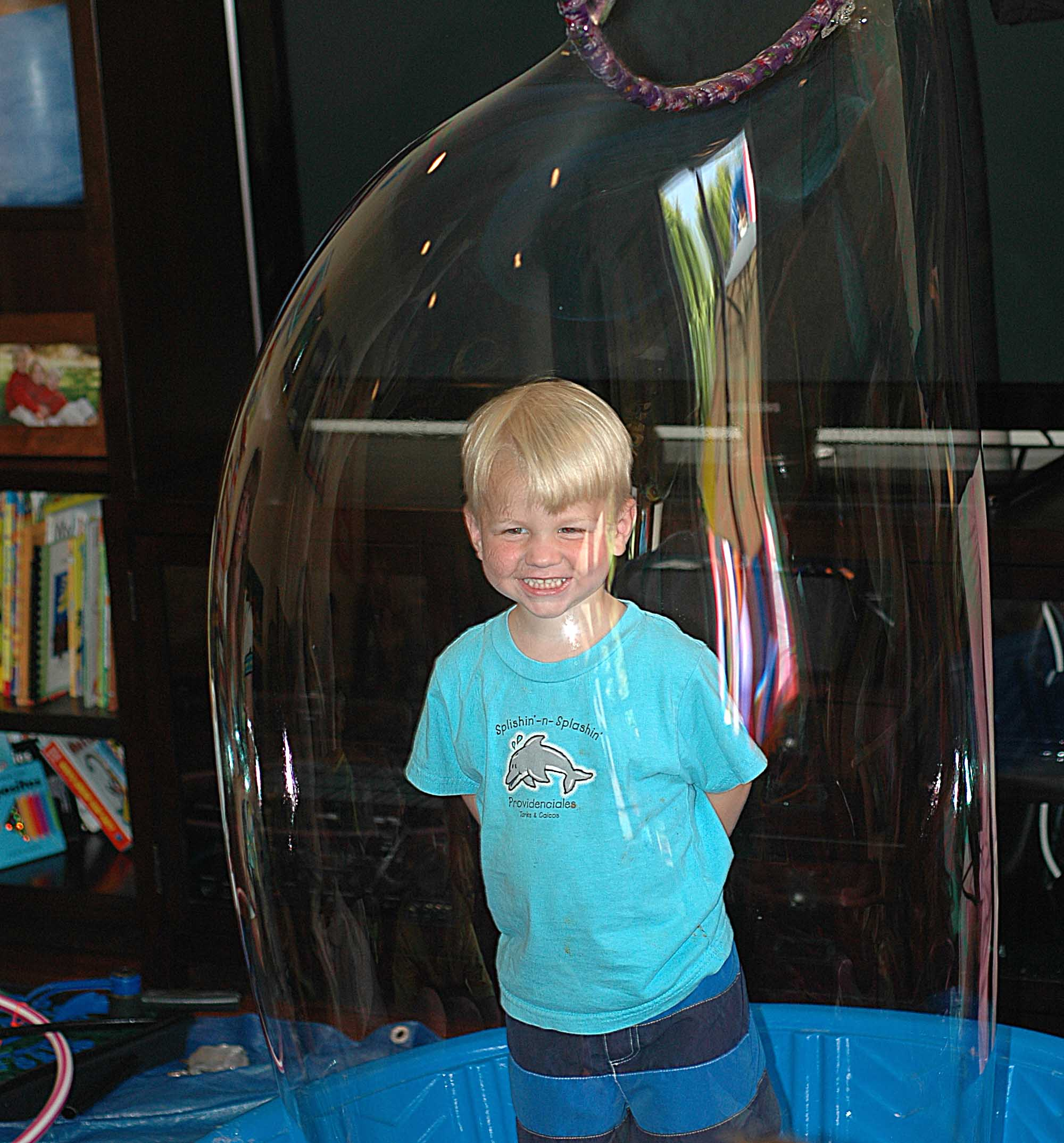 kid in bubble 4.jpg