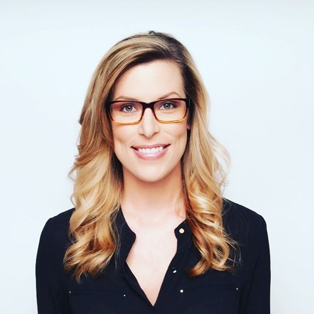 The Brittany Frame 👓  #emmerteyewear #glasses #glasses #eyewear #girlswithglasses #girlsinglasses #fashionglasses #frames #spectacles #giveback #frames #giveback #empowerwomen