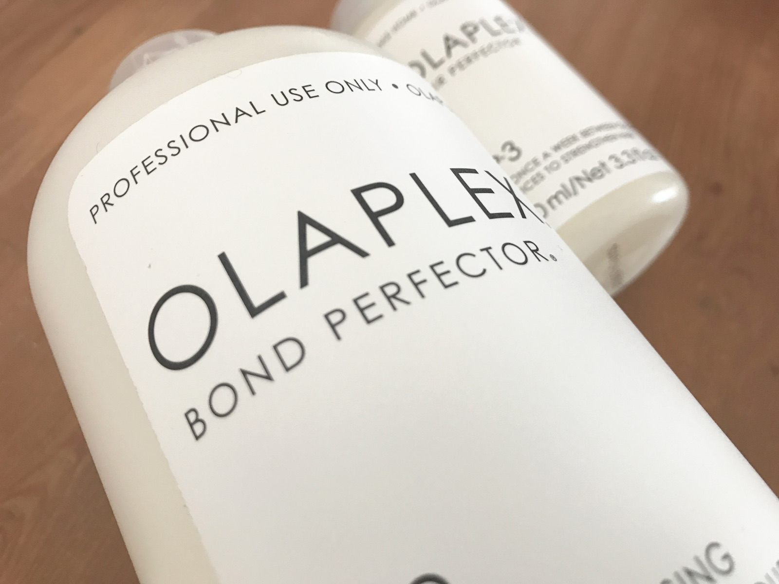 Salon miracles = Olaplex - Olaplex doesn't just have to happen in the salon, make sure to take home No. 3 to keep your hair looking it's best.